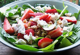 ... salads cuisine american tags strawberry spinach salad goat cheese